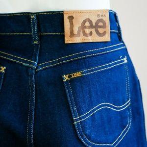 VINTAGE  LEE High Waisted Dark Wash Cropped Jeans